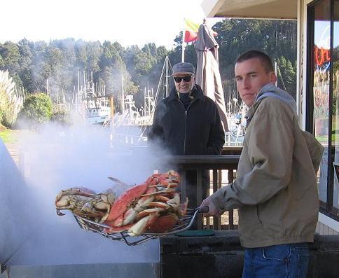 Cuisson du crabe à Noyo Harbor