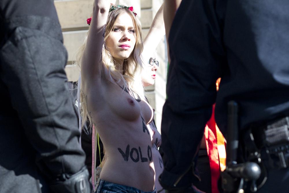 FEMEN_15_oct_2012-p